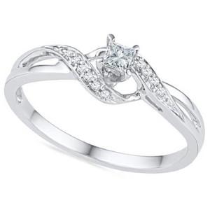 D-Gold Princess Round Diamond Promise Ring