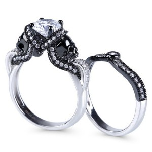 Jeulia Twist Skull Promise Ring